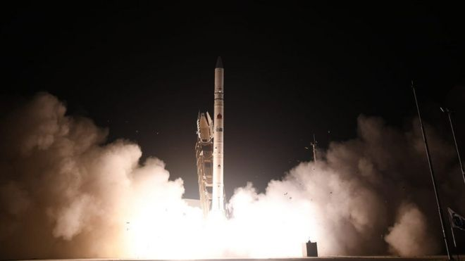 ئیسرائیل مانگێكی دهستكردی رهوانهی بۆشایی ئاسمان كرد