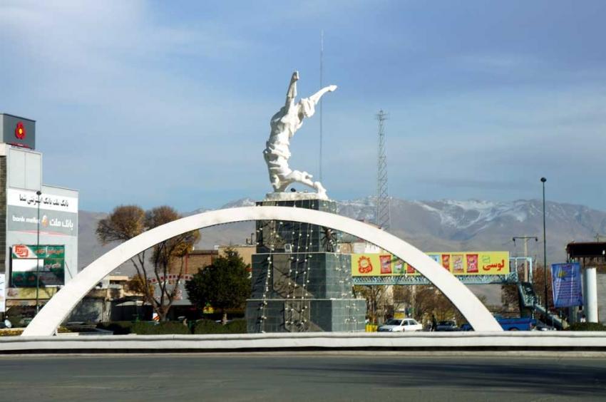 رۆژههڵاتی كوردستان.. 46 چالاكوان دهستگیركراون و شهش كۆڵبهریش كوژراون