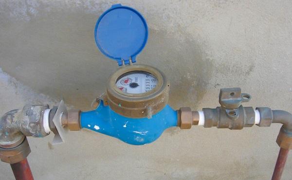بهڕێوهبهری ئاوی سلێمانی: ههر ماڵێك پێوهری ئاو نهبهستێت 100 ههزار دیناری بۆ دهنوسرێت